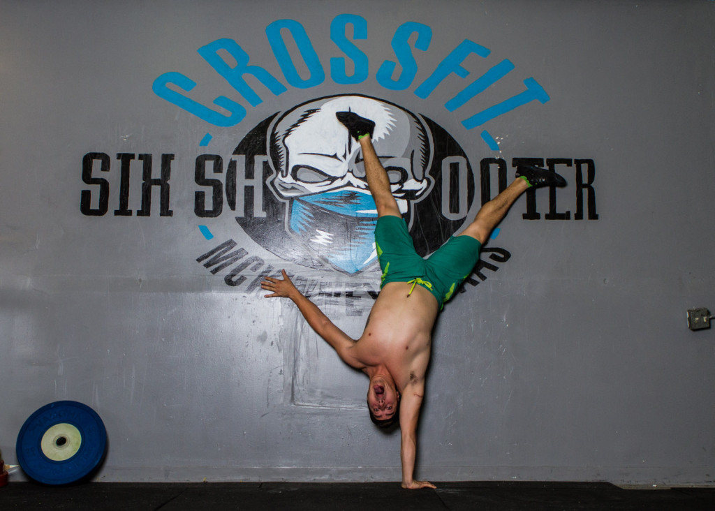 crossfit coach hand stand