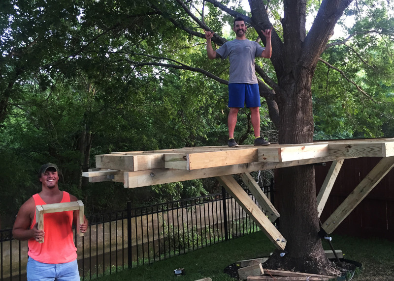 building-a-treehouse-bryce-wimmer-finishing-touches