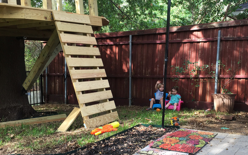 building-a-treehouse-kids-smiling